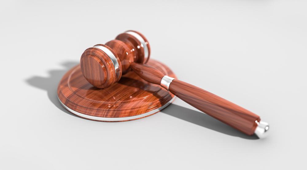 """כיצד """"חוק המאכערים"""" יכול לסייע להימנע מתקיעת פרויקט אצל קבלן חתימות?"""